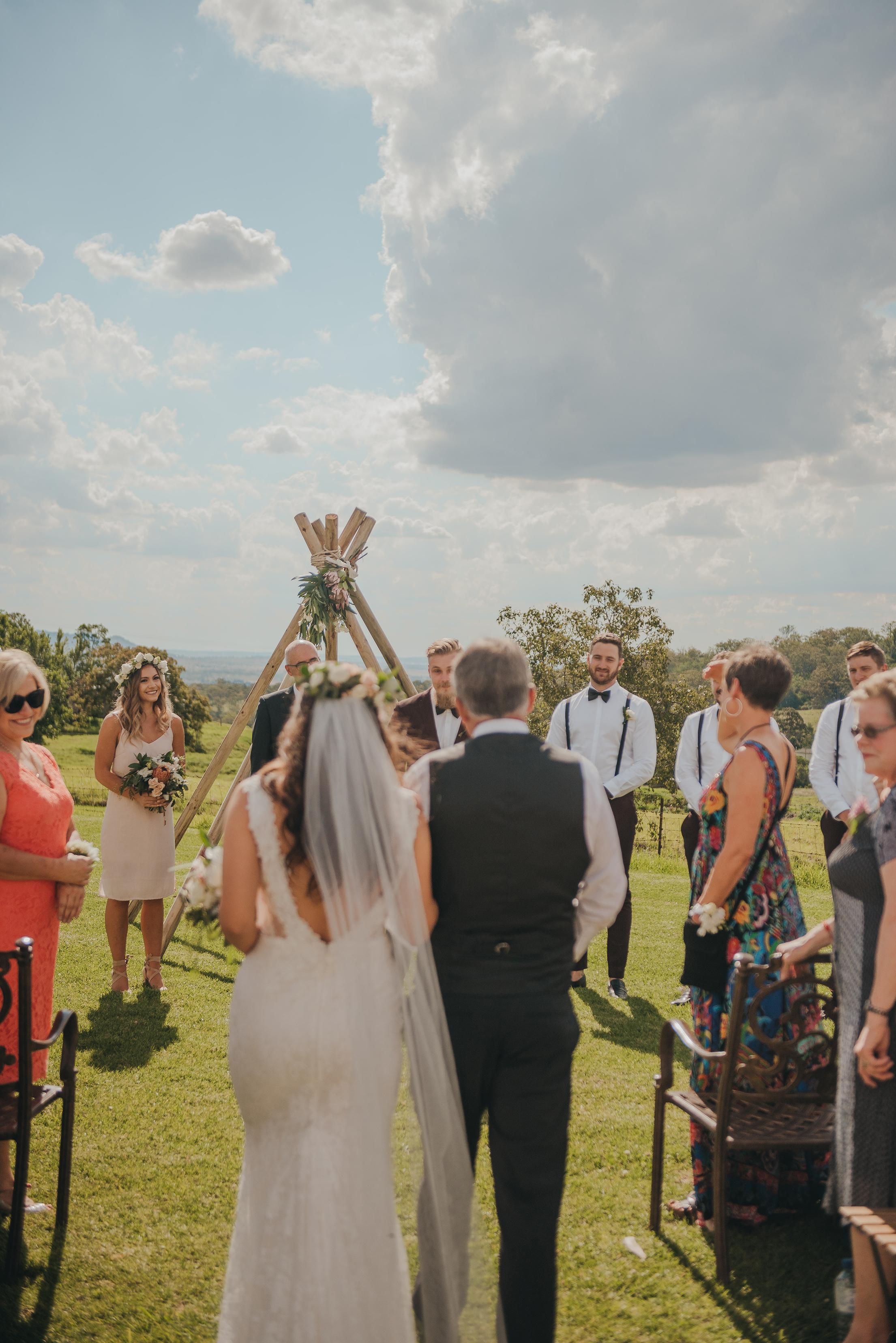 L+R Wedding-375.jpg