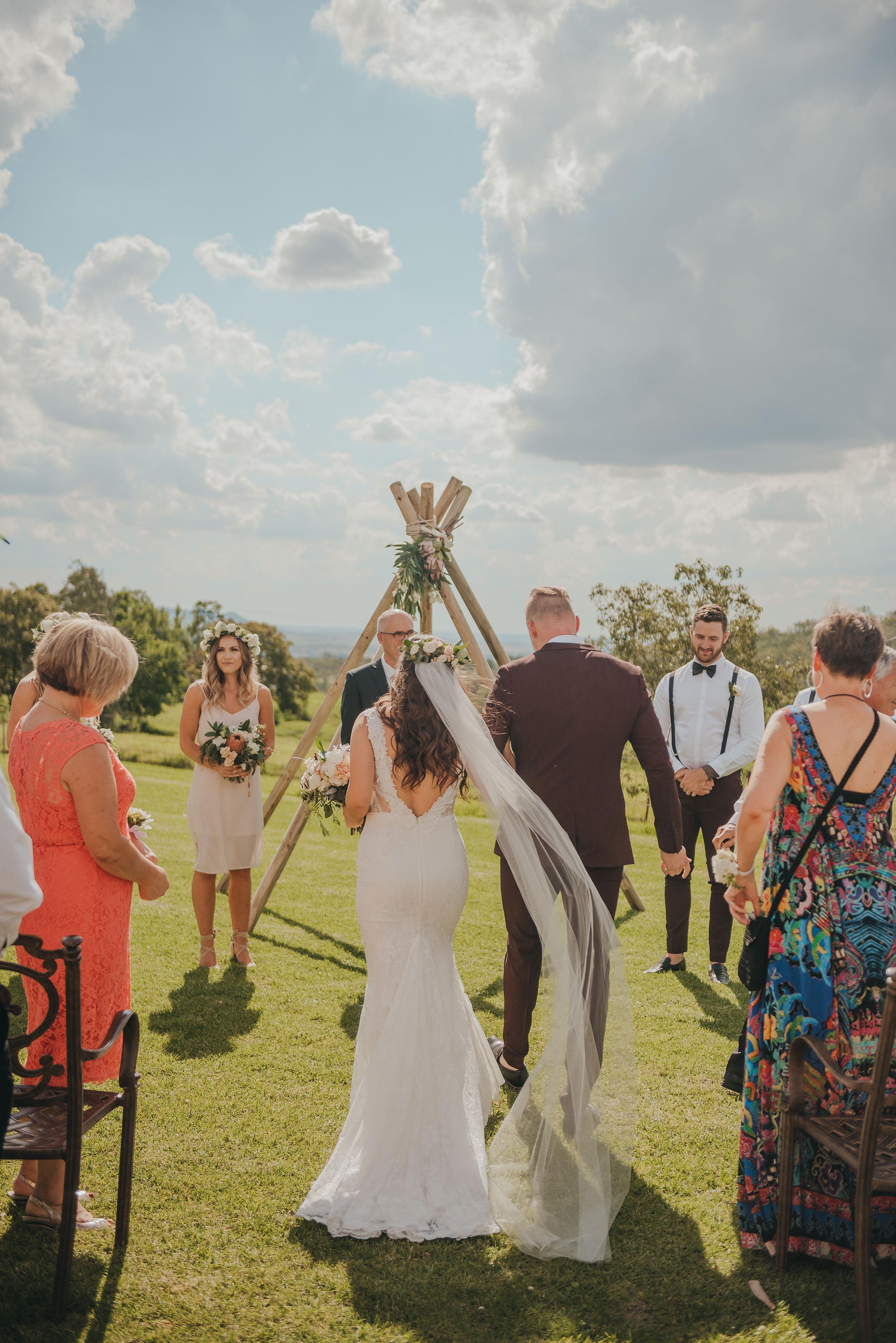 L+R Wedding-379.jpg