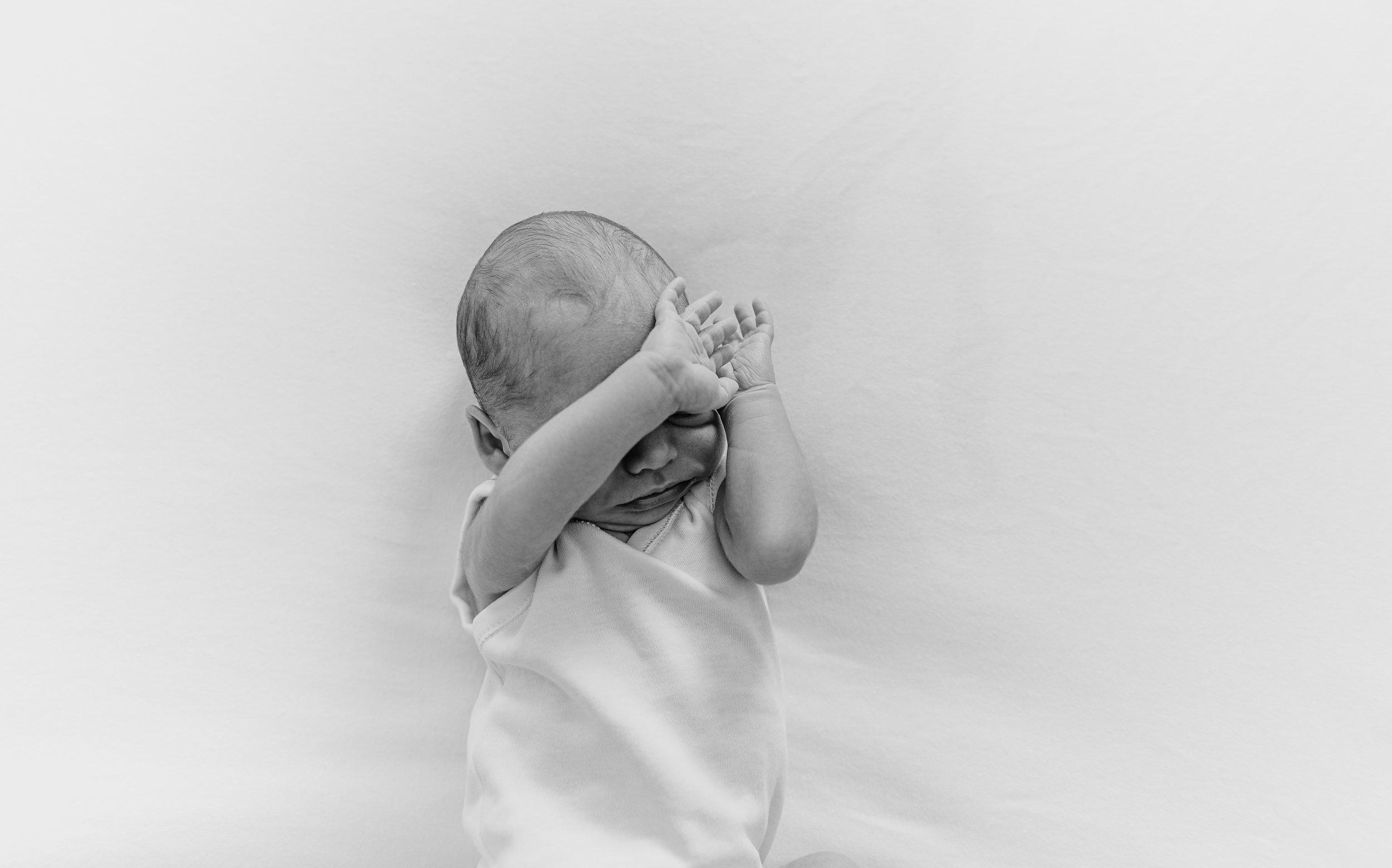 Newborn -14.JPG