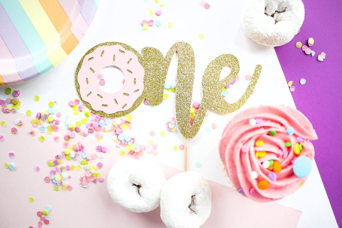 One Donut Cake Topper, Donut Cake Topper, Smash Cake Topper, 1st Birthday, First Birthday, Cake Topper Girl, Donut Grow Up Cake Topper, Gold