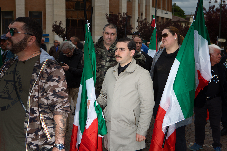 fascists_predappio_photo_03.jpg