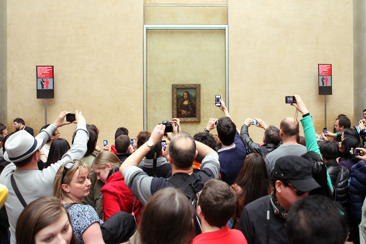 The Mona Lisa, Louvre Museum, Paris.