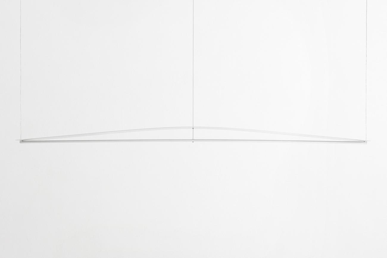 Guglielmo-Poletti_Equilibrium-Suspension-Light_01_1500-px-height-1920x1281.jpg