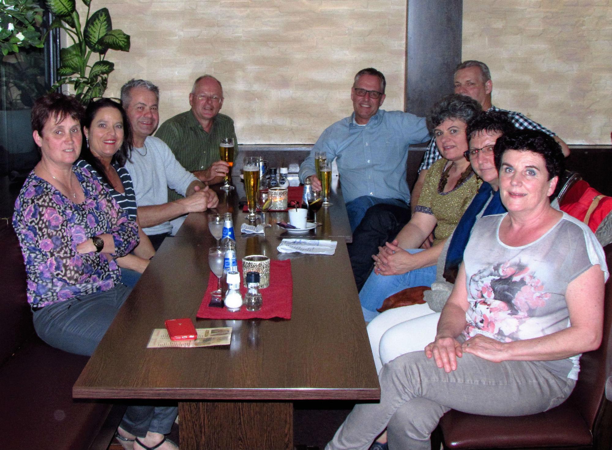 Childhood friends: Diny, Roberta,, Peter, Frank, Jo, Harry, Anjes, Francien, Karin