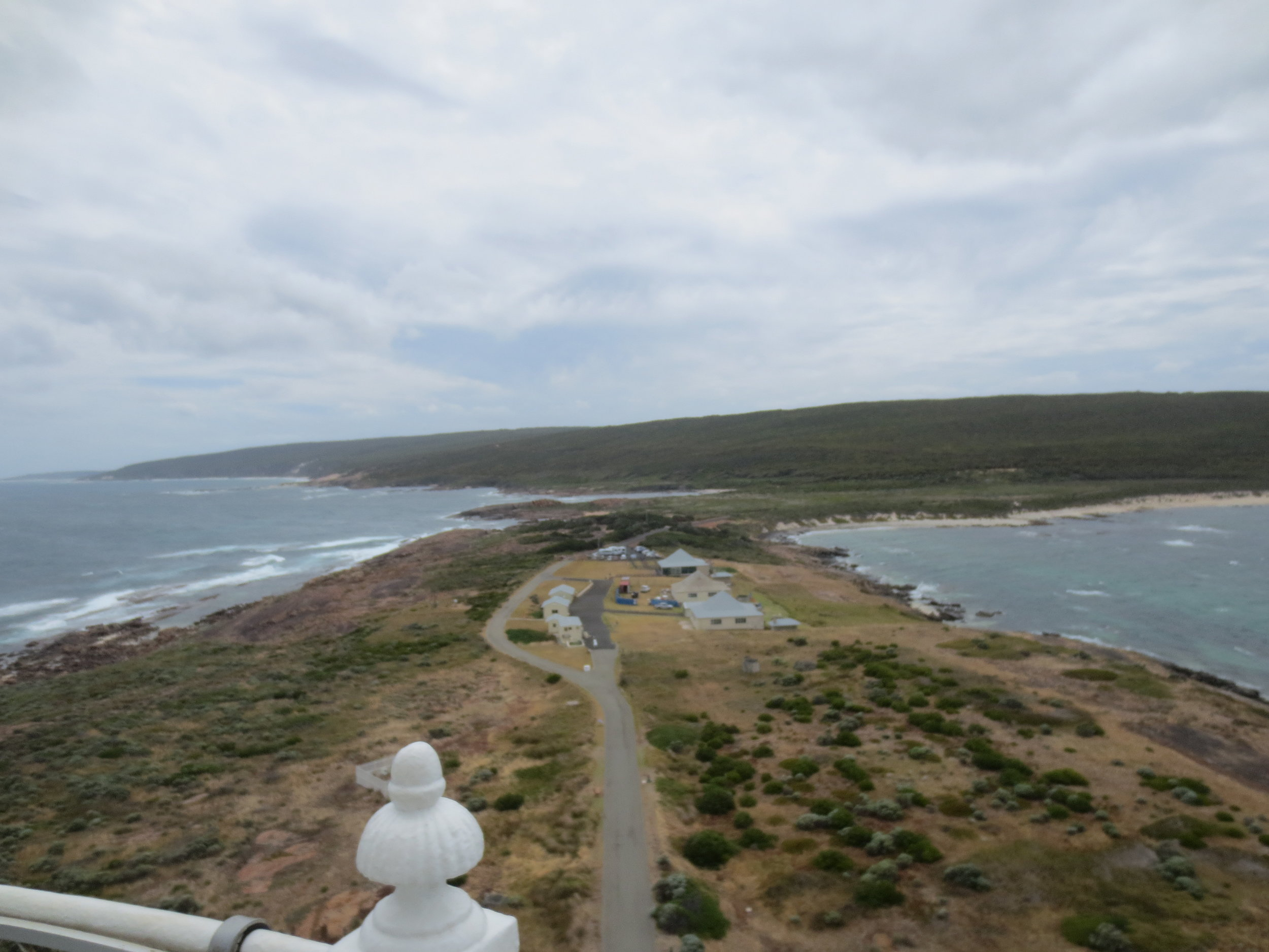 Indian Ocean on the left, Southern Ocean on the right