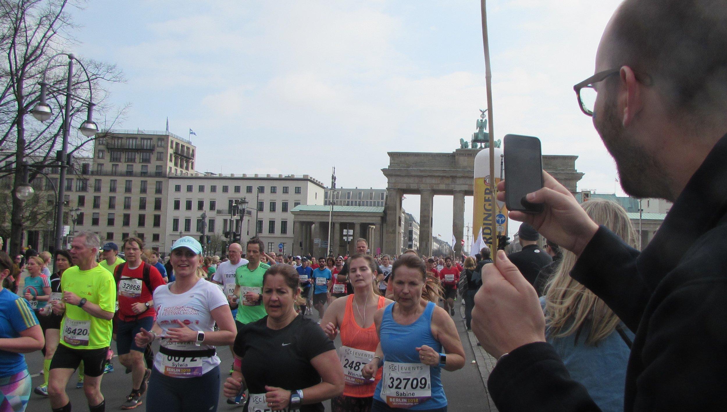 2017 Winnie at the Brandenburger Gate in Berlin