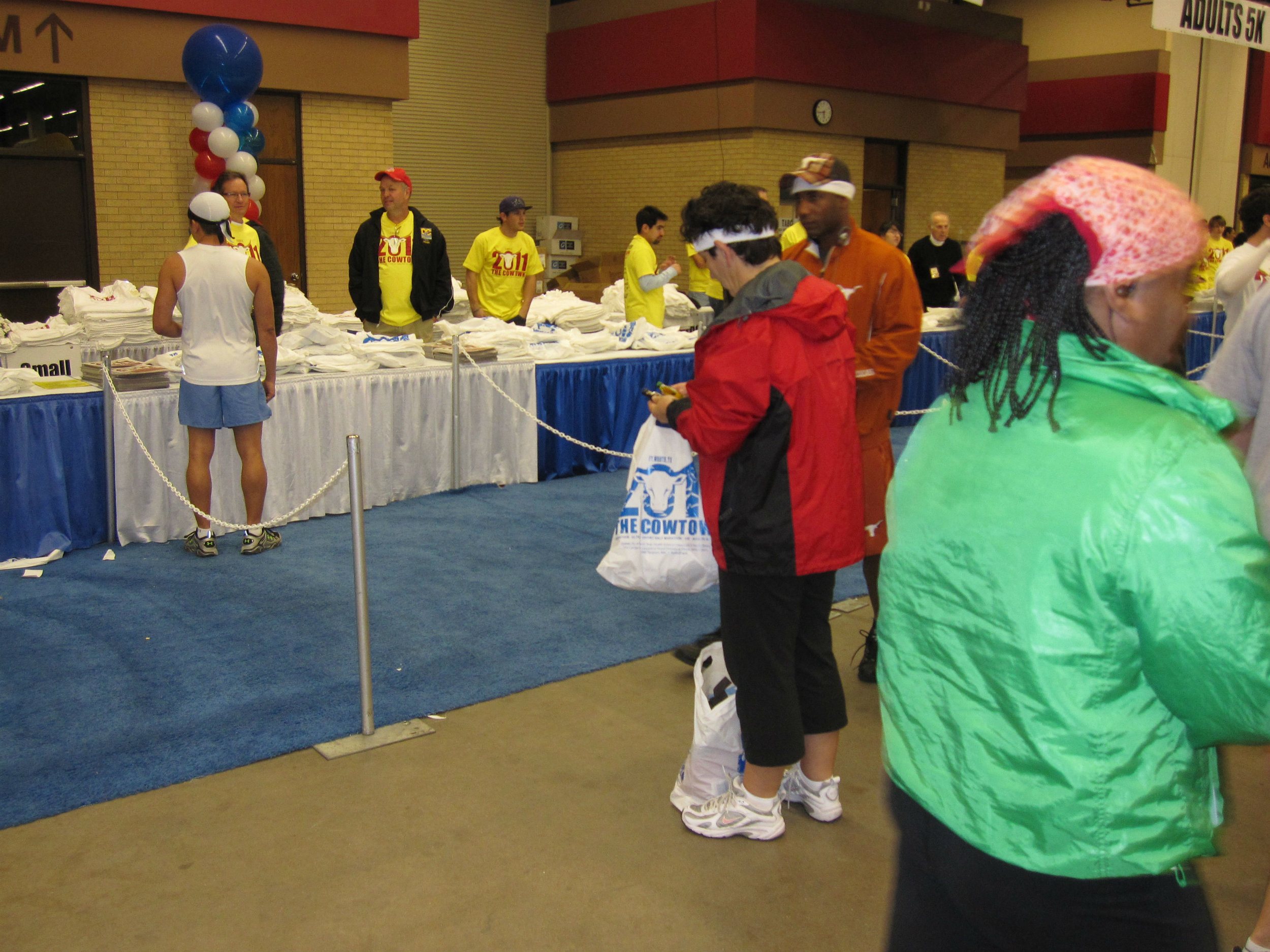 2011 Fort Worth, Texas. Registration before the run