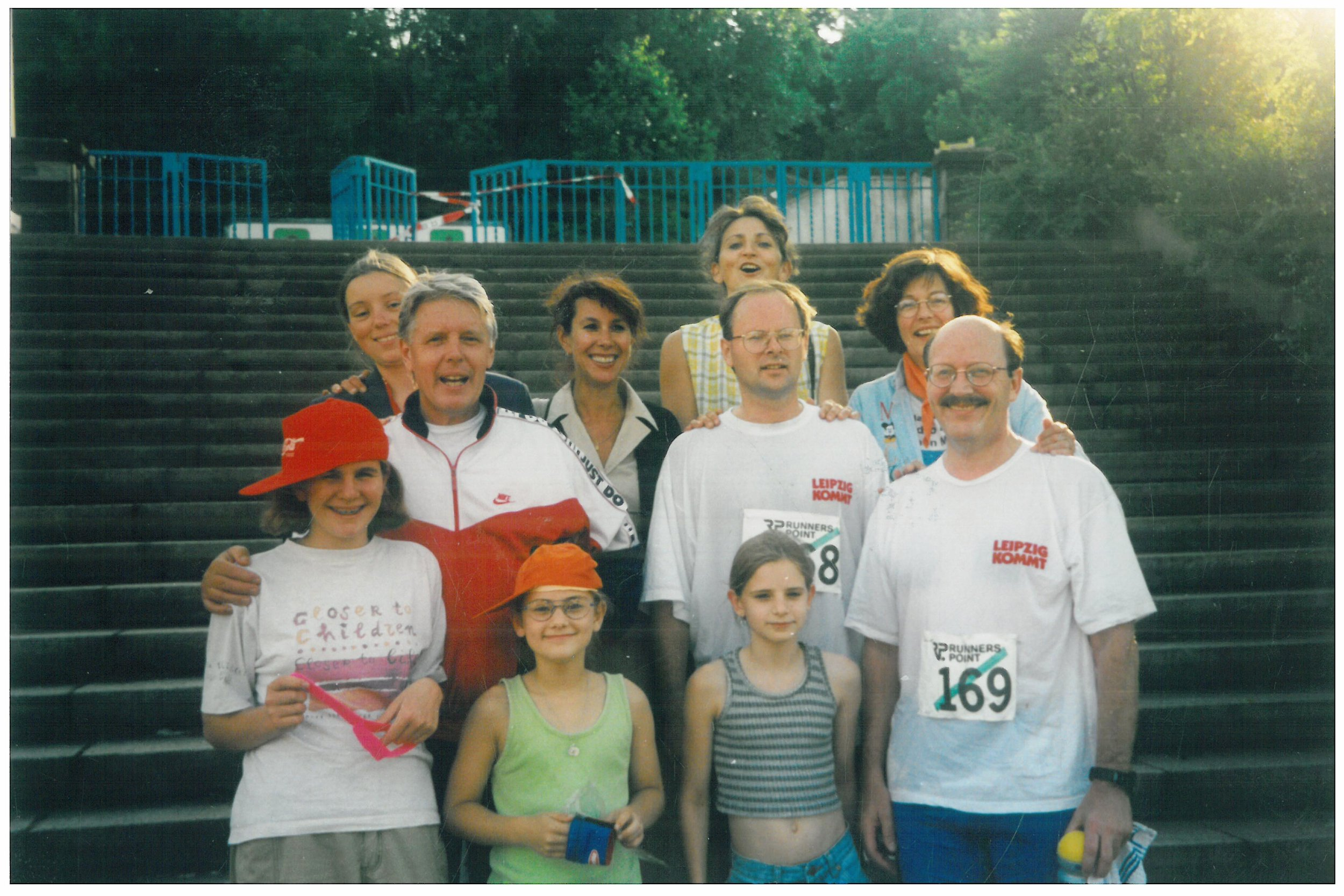 1997 Leipzig runners and supporters