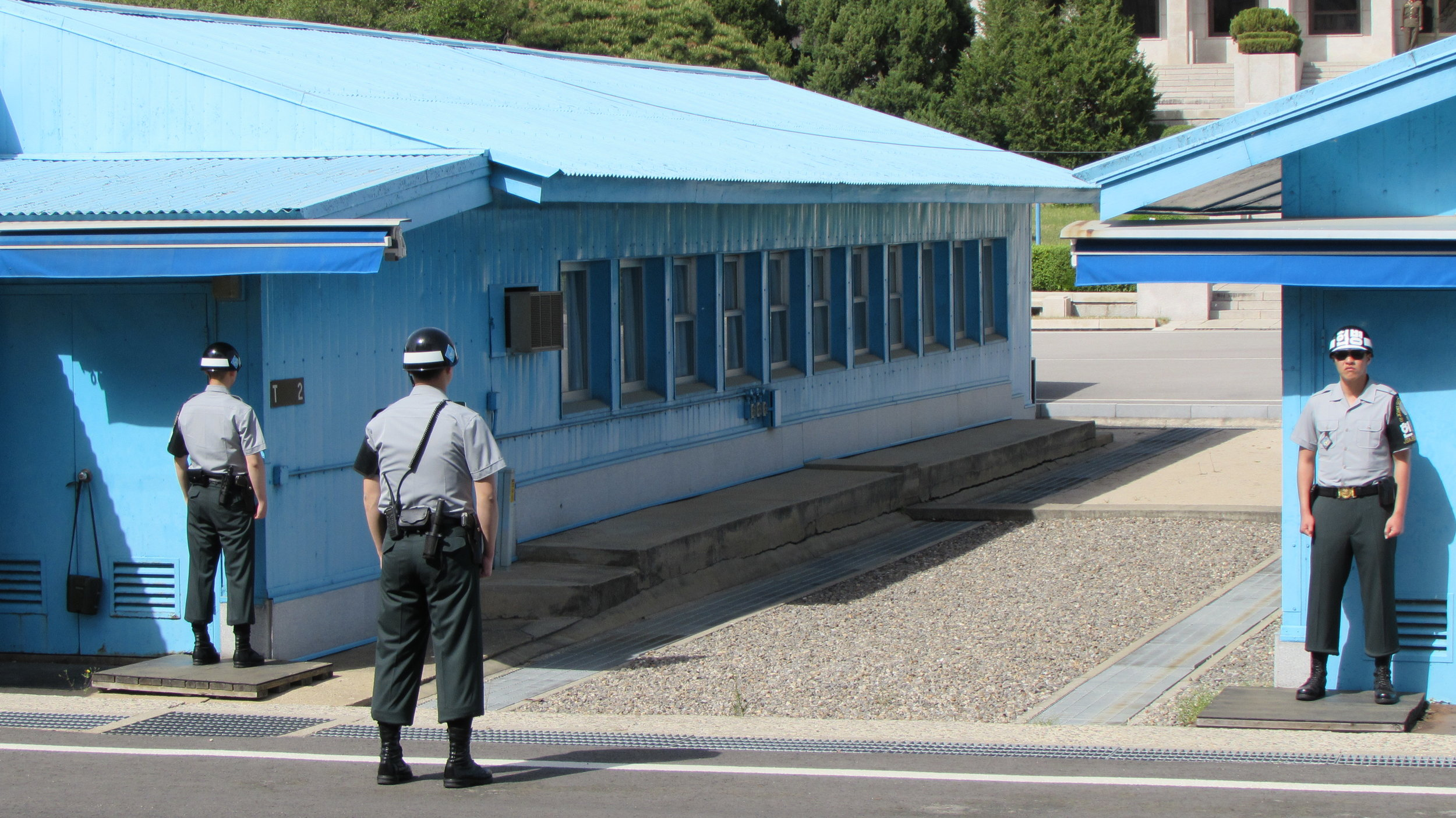 United Nations (South Korean) soldiers looking to the North