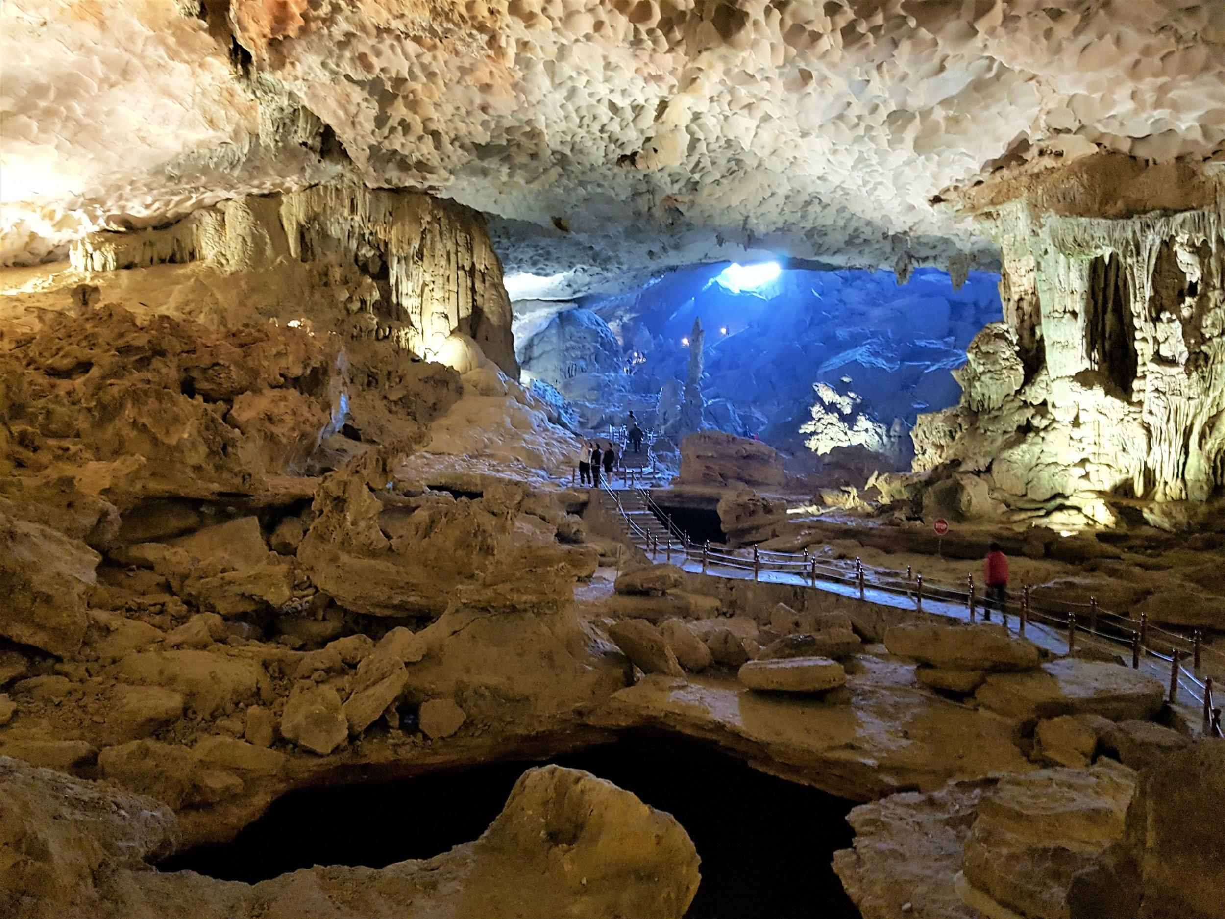 Sung Pot (surprise) limestone cave