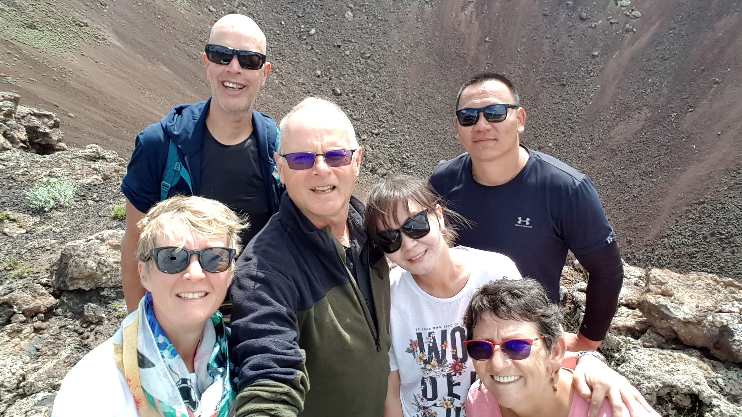 Pamela, Berry, Francien, Sheeze, Tuggy and Frank on the Khorgo Uul volcano
