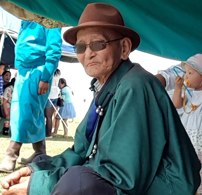 He offered me his snuff bottle, welcoming me to the Naadam festival
