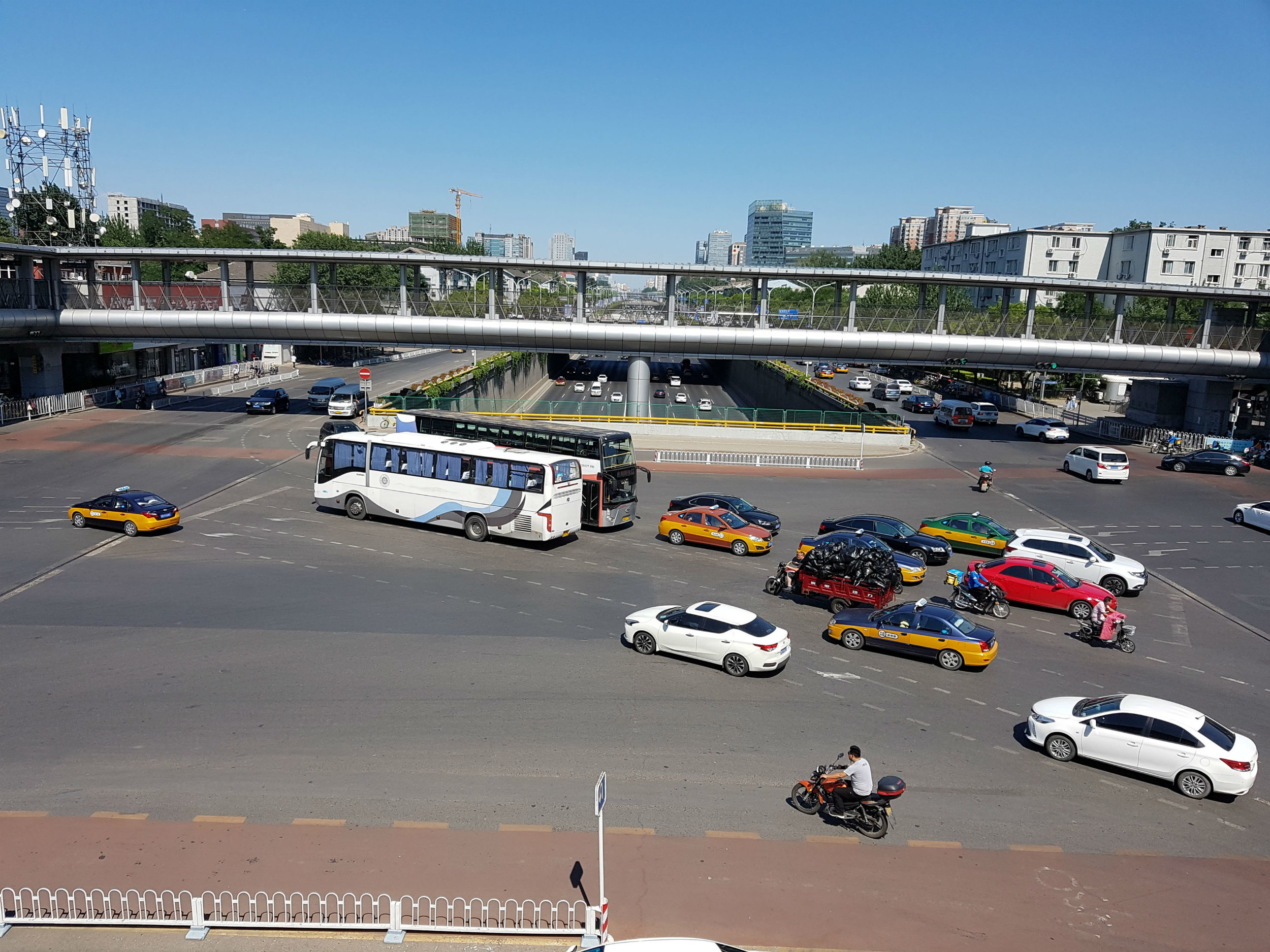Traffic in the university district of Beijing