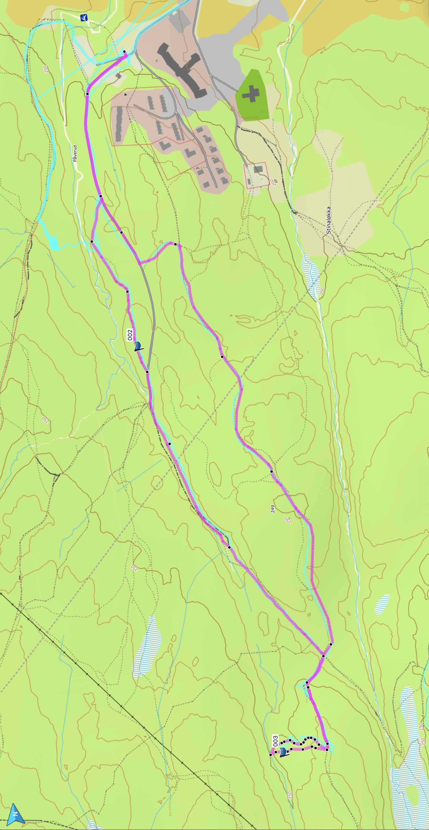 Turen er ca 4 km tur-retur. Vi brukte 4 timer med masse kos og pauser. Fint mulig å gjøre den kortere.