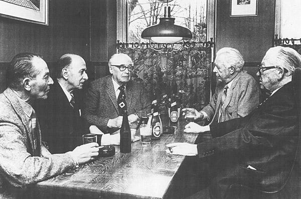 En av få bilder på sammankomsterna efter kriget (1980). Här med Thormod Larsen, Börge Rönne, Carl Palm Ove Bruhn och Erling Kjaer.