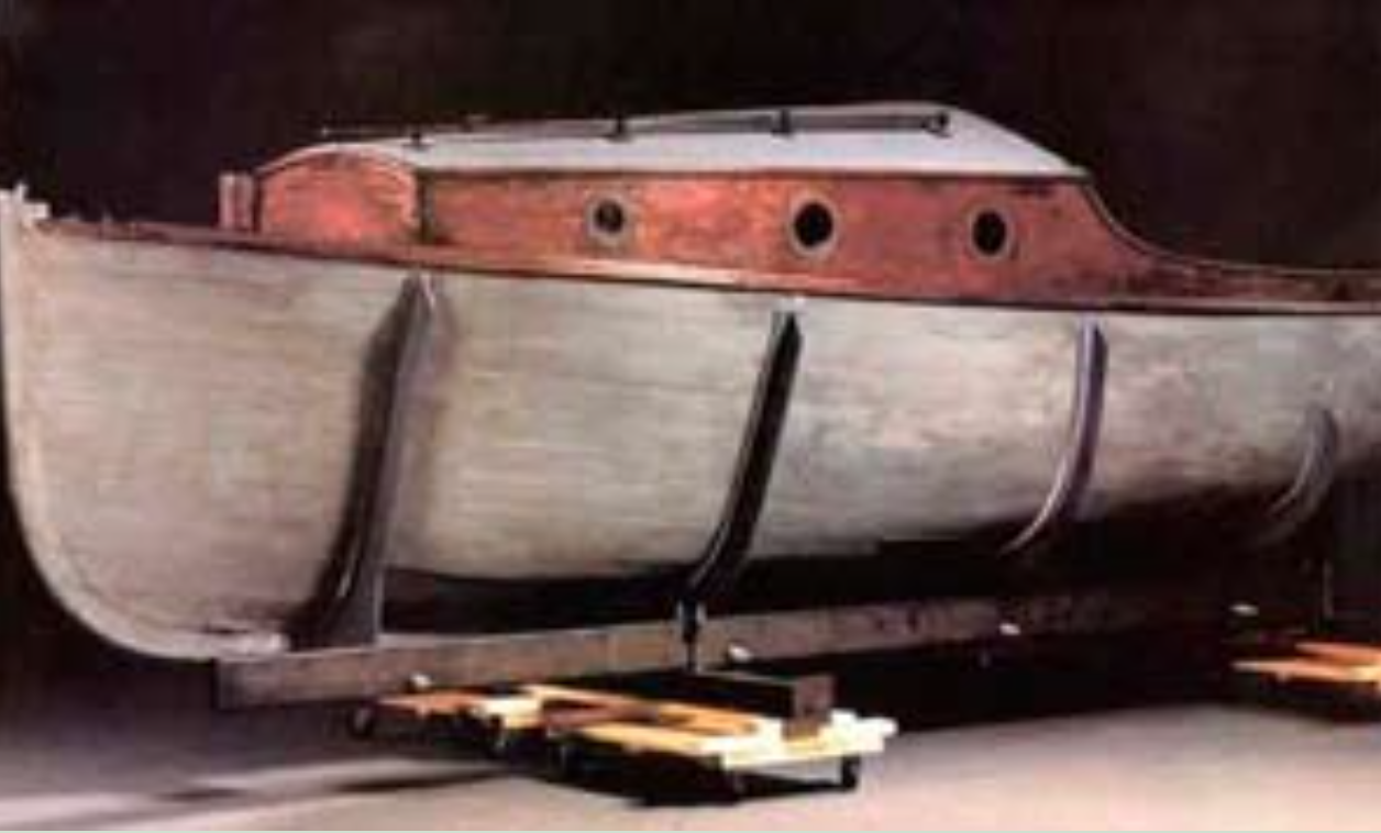 Erling Kjær båt Lurifax, också kallad Ö3, finns på ett museum i Washington som en symbol över alla de människor som räddades över sundet under kriget.