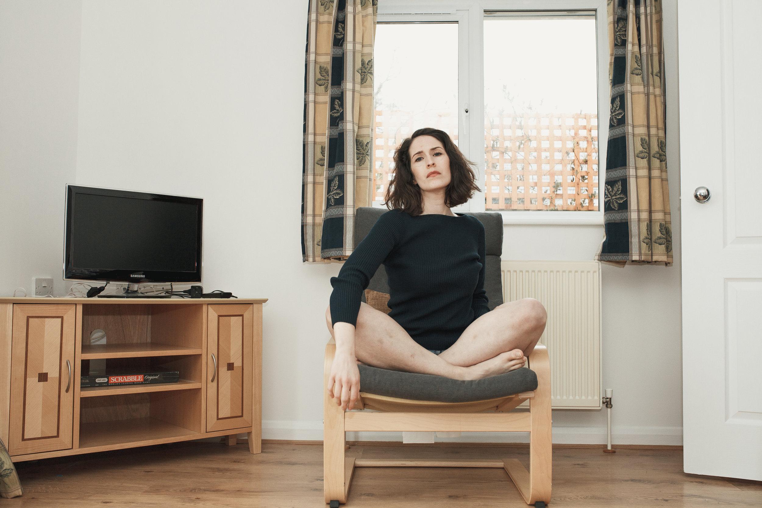 woman-sitting-pose.jpg