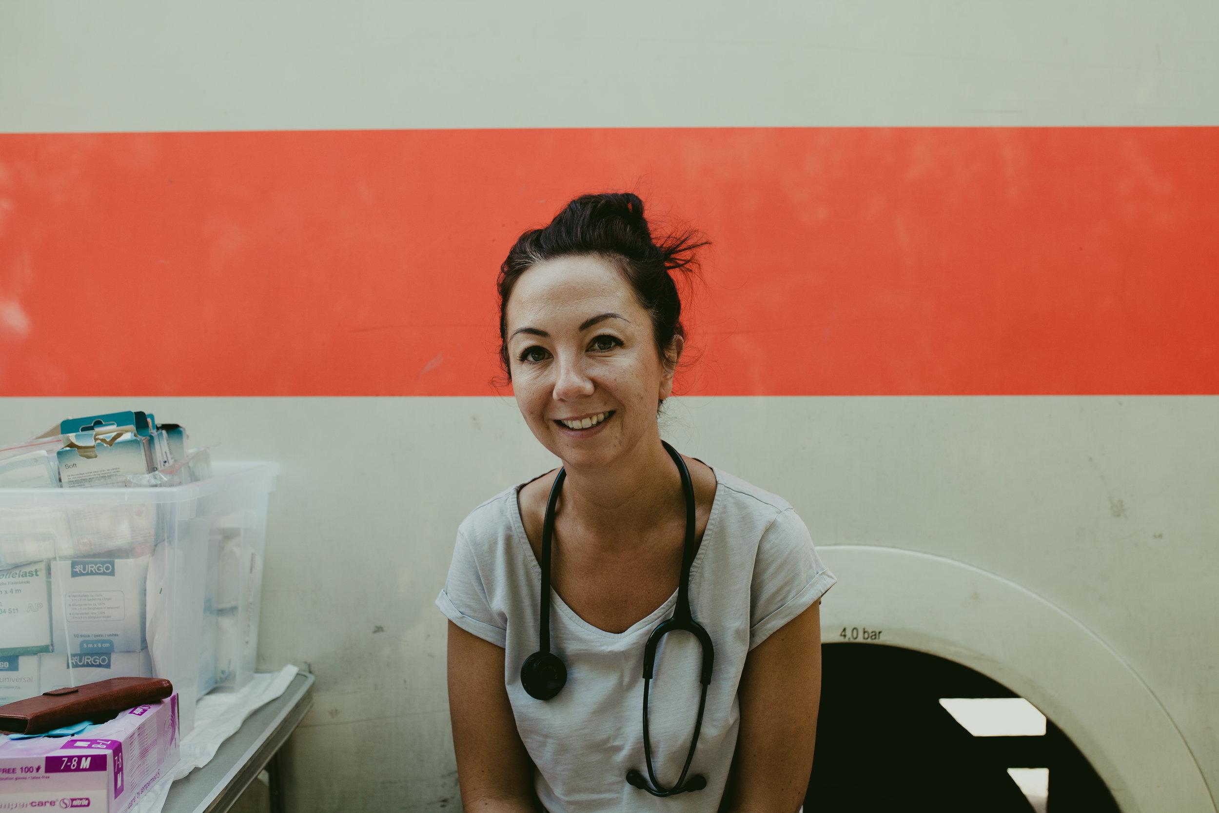 crisis-volunteer