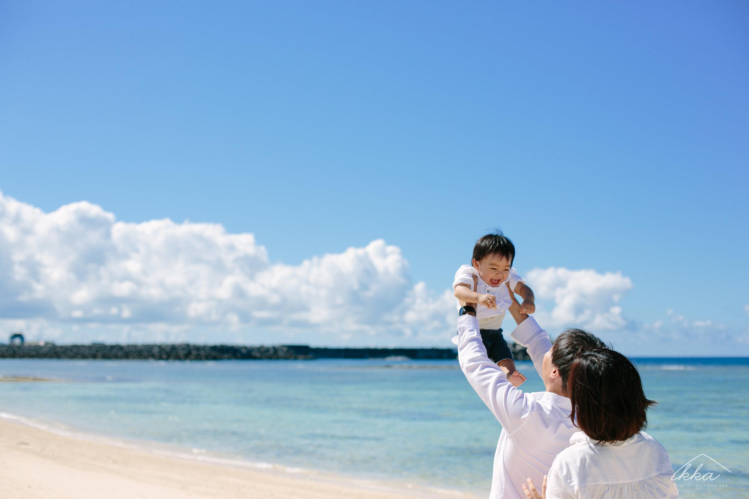 沖縄家族写真-4.jpg