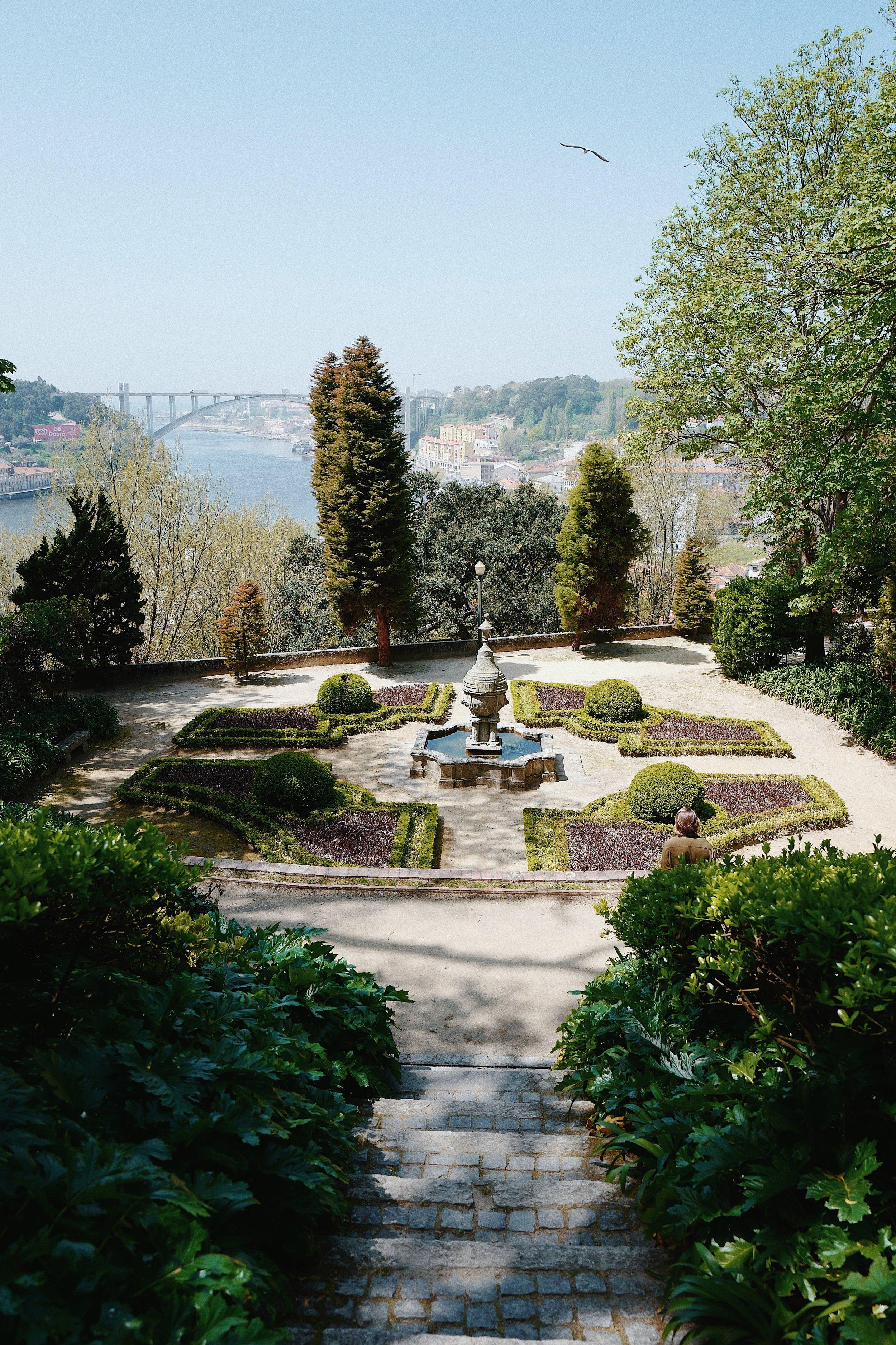 Crystal Palace gardens  /Jardim do Palácio de Cristal