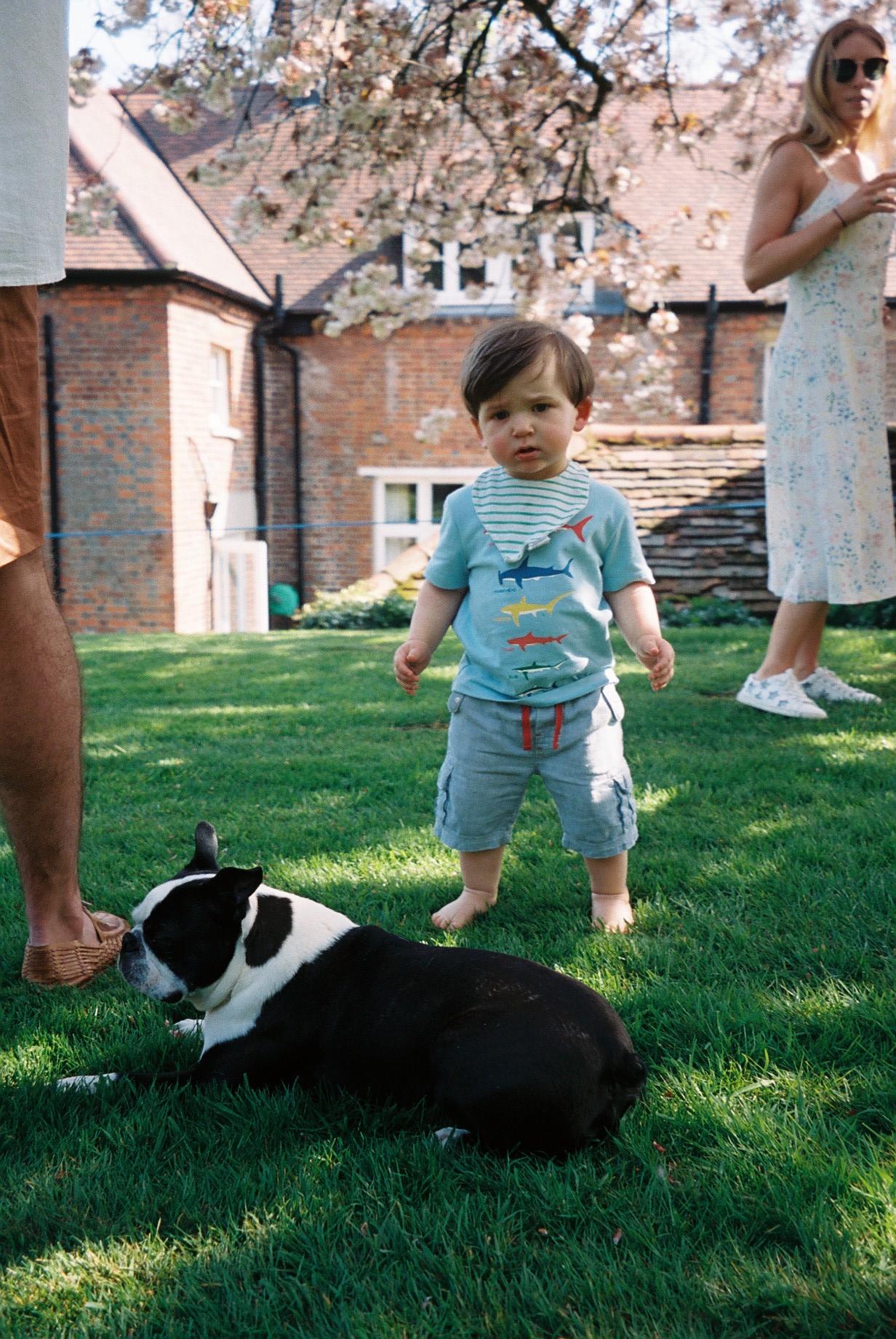 Little Walter, Emily and Charlie's first son.  /O pequeno Walter, o primeiro filho da Emily e do Charlie.