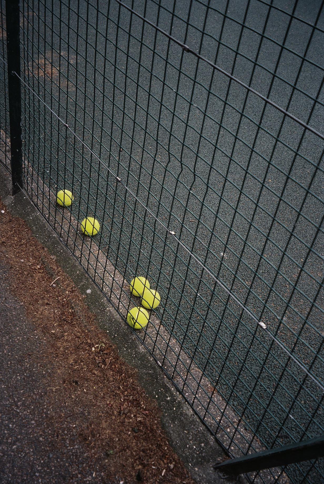 The tennis court in London fields where Oxana wants to start taking classes.  / O court de ténis em London fields onde a Oxana quer começar a ter aulas.