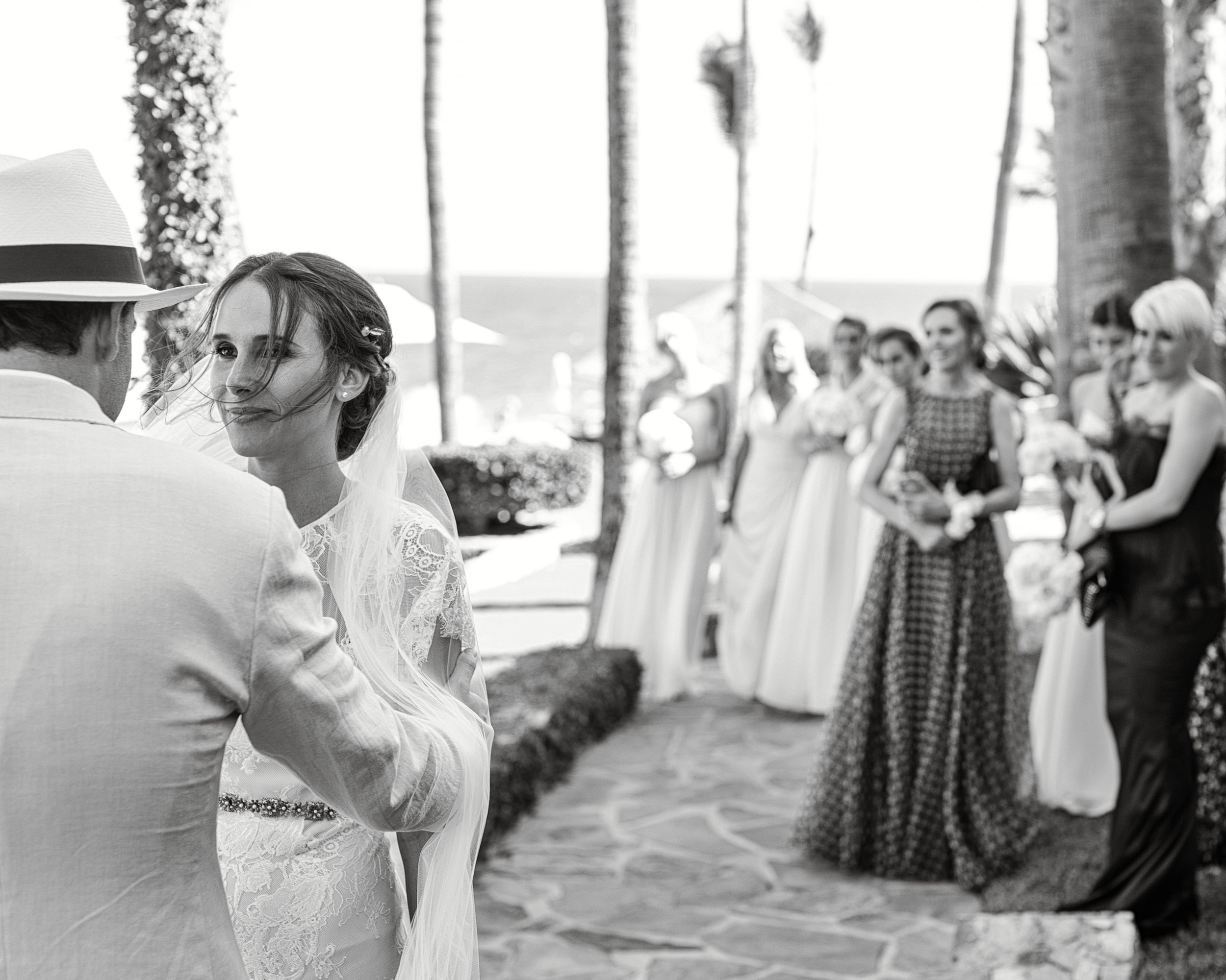 First looks can also be shared with family and guests, like here under a cool tree in Baja, Mexico