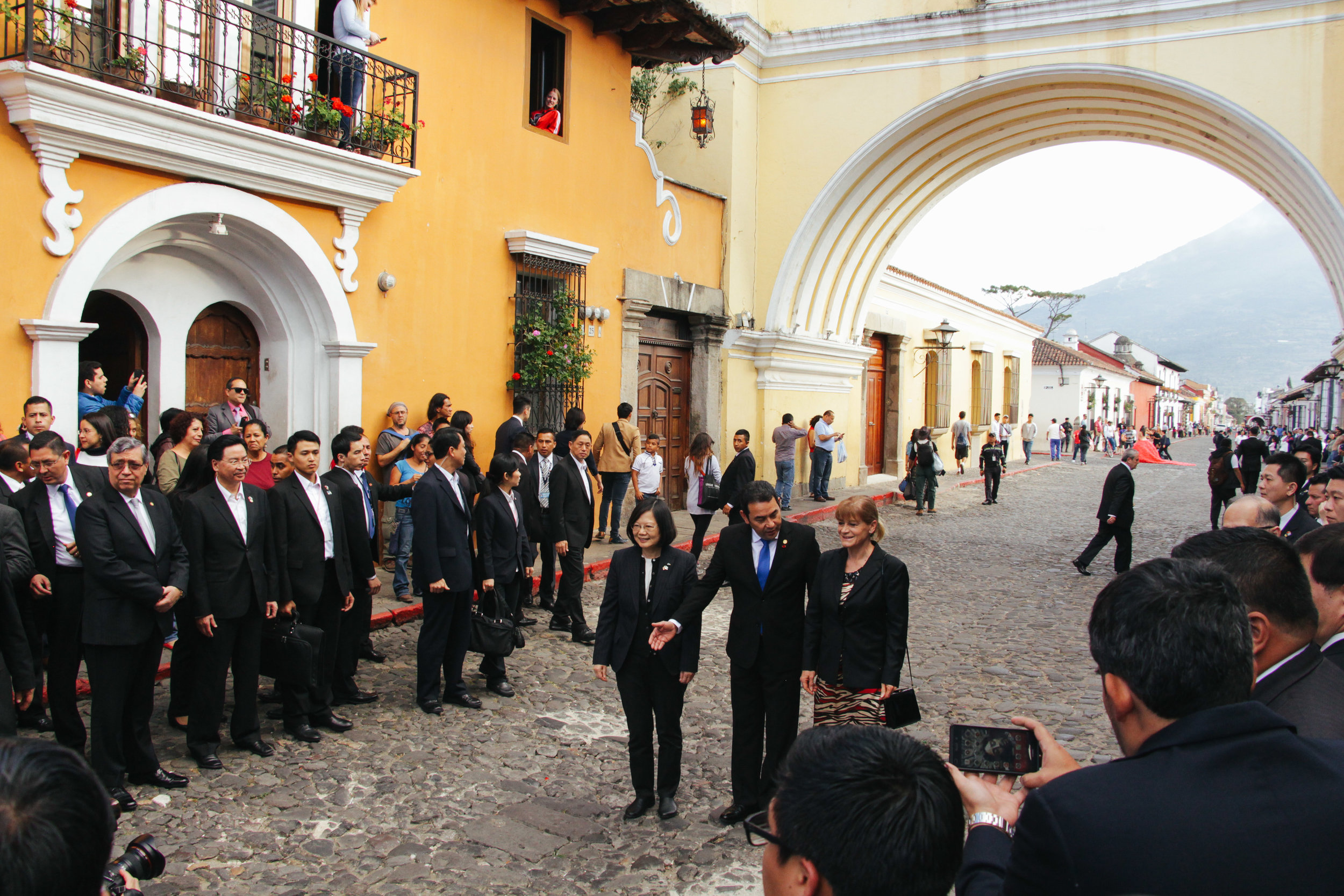 ANTIGUA MAYOR SUSANA ASENSIO ESCORTS TAIWAN DIGNITARIES THROUGH ANTIGUA'S STREETS NEAR CENTRAL PARK.