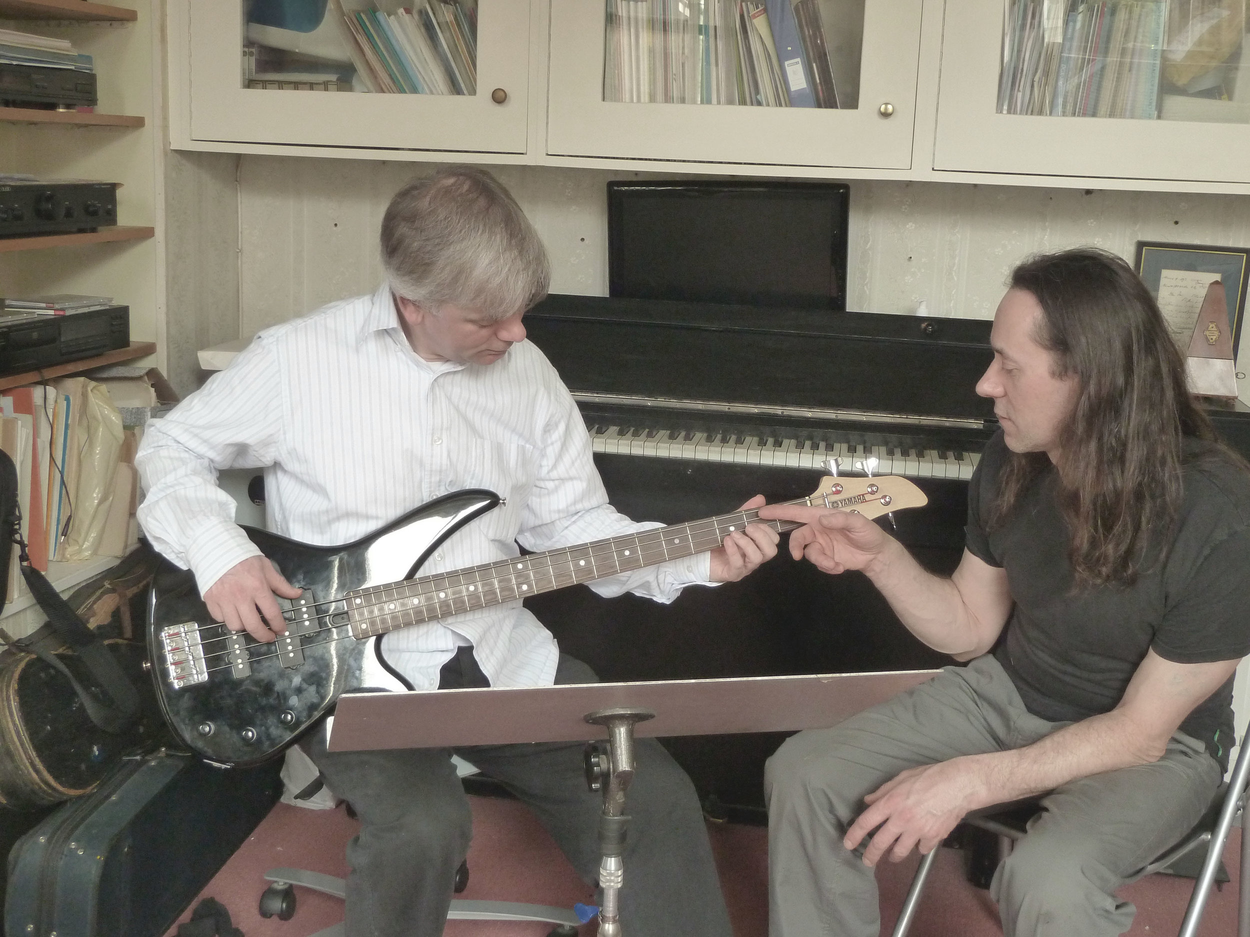 music-lessons-edinburgh-bass-guitar.jpg