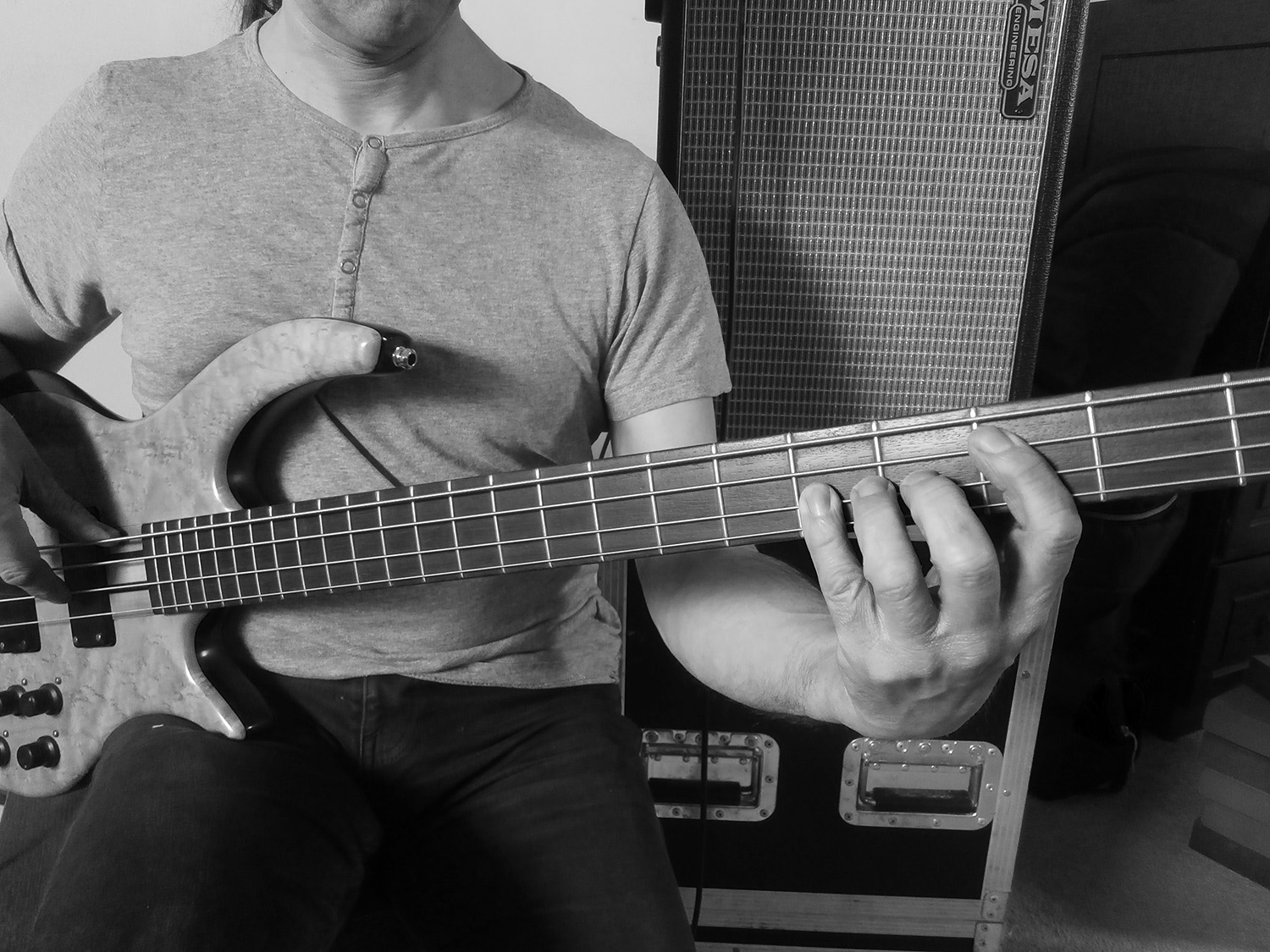 Effective Tips To Enhance Guitar Playing Technique