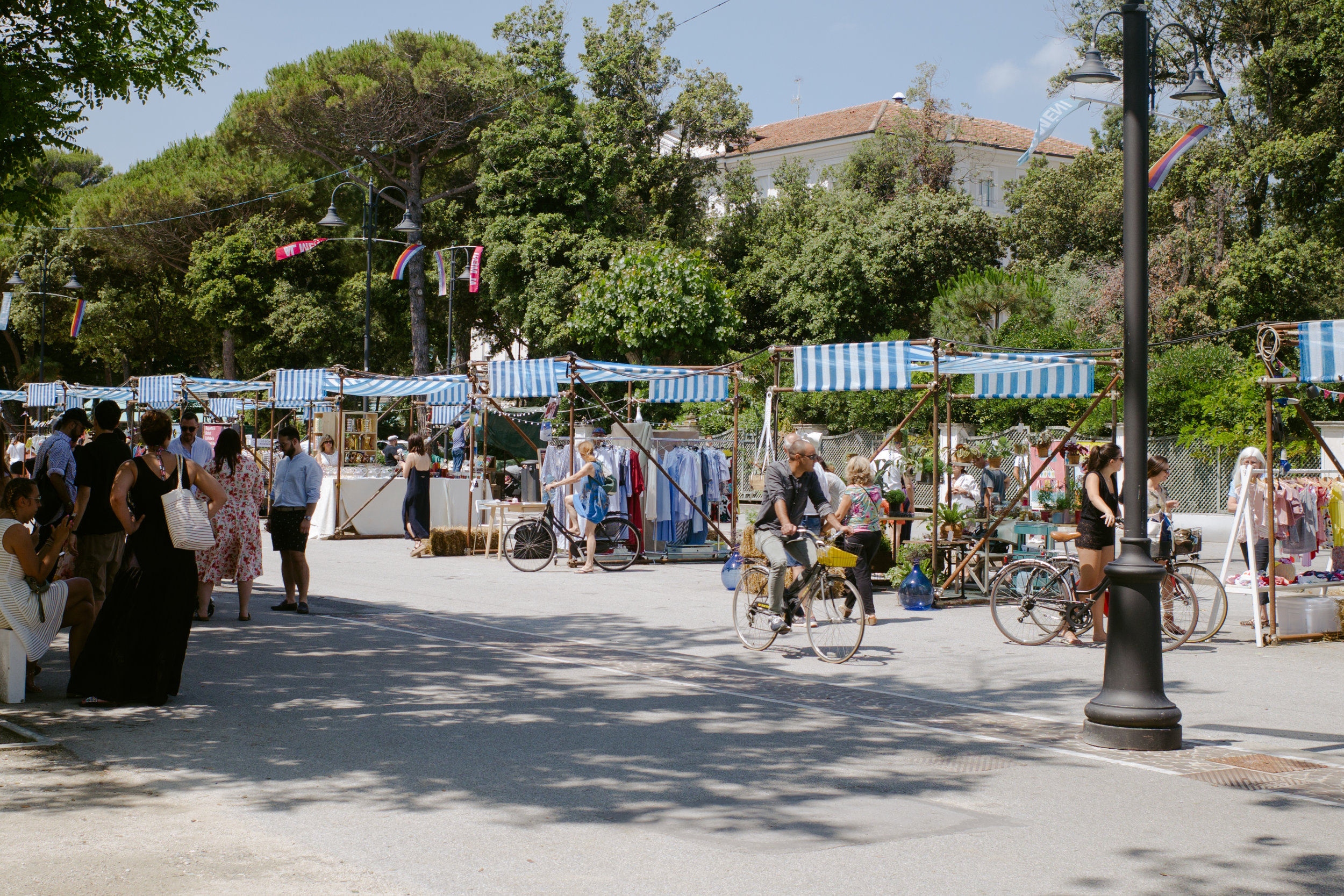 A marketplace to compliment the cuisine, with wonderful vendors to discover.