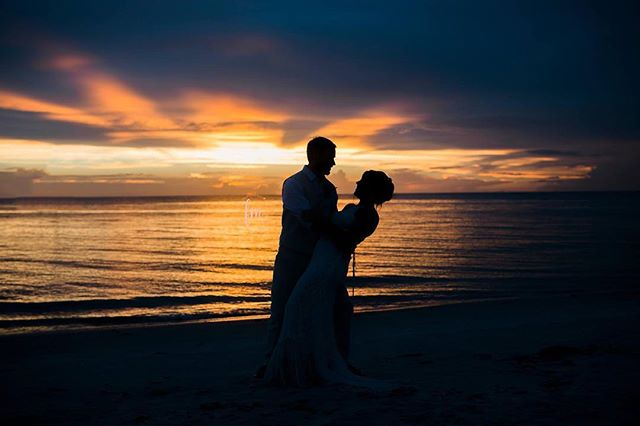 When you get married on a SWFL beach then an obligatory sunset portraits are necessary. Darek and Michelle were amazing and I am sooo glad that after their rainstorm they received this amazing sunset . #swflphotographer #swflsunsets #swflsunset #naplesphotographer  #wedding #beachwedding #instagood  #LLF #stylemeprettyweddings #filmpresets #LOVE