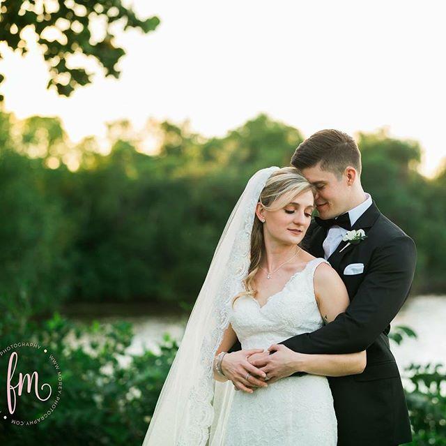 What an amazing weekend celebrating the love of Anna and Nick!!! #weddingphotographe #lookslikefilmweddings #naplesweddingphotographer  #fortmyerswessingphotographer #stylemepretty #love #weddings #militaryweddings #whiteorchidweddings @whiteorchidatoasis