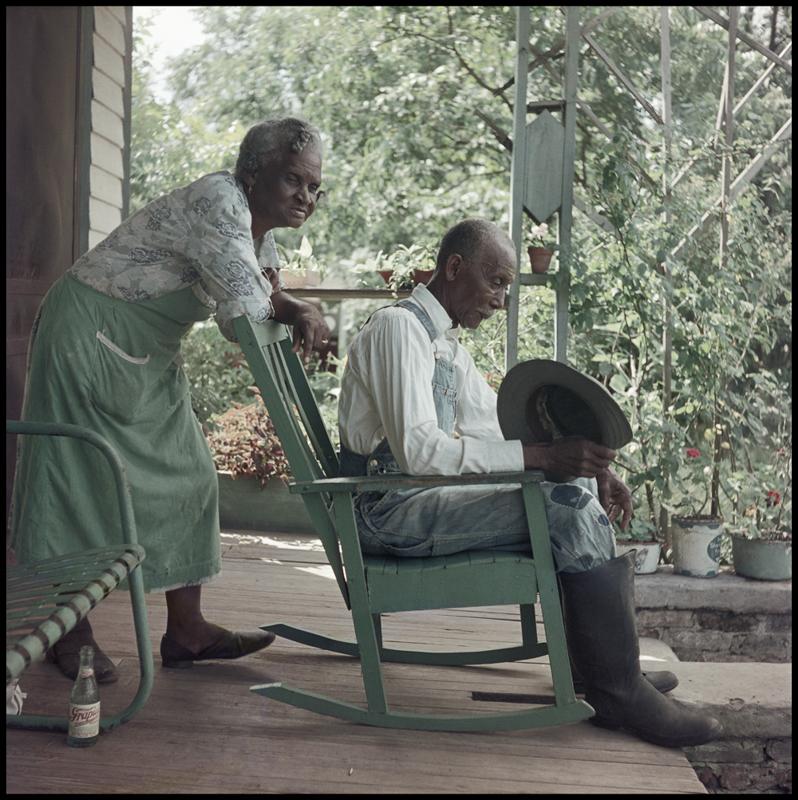 GORDON PARKS,  Untitled , Mobile, Alabama, 1956 © The Gordon Parks Foundation
