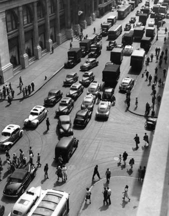 TODD WEBB, 5th Avenue NYC , 1946