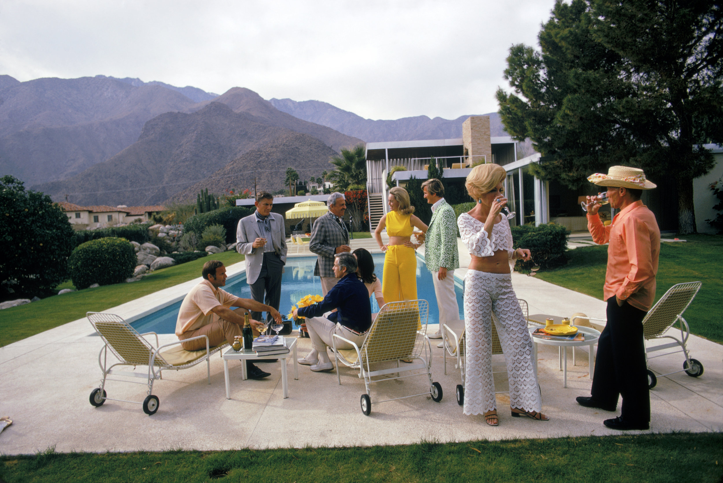 SLIM AARONS, Desert House Party, 1970,courtesy Getty Image Archive