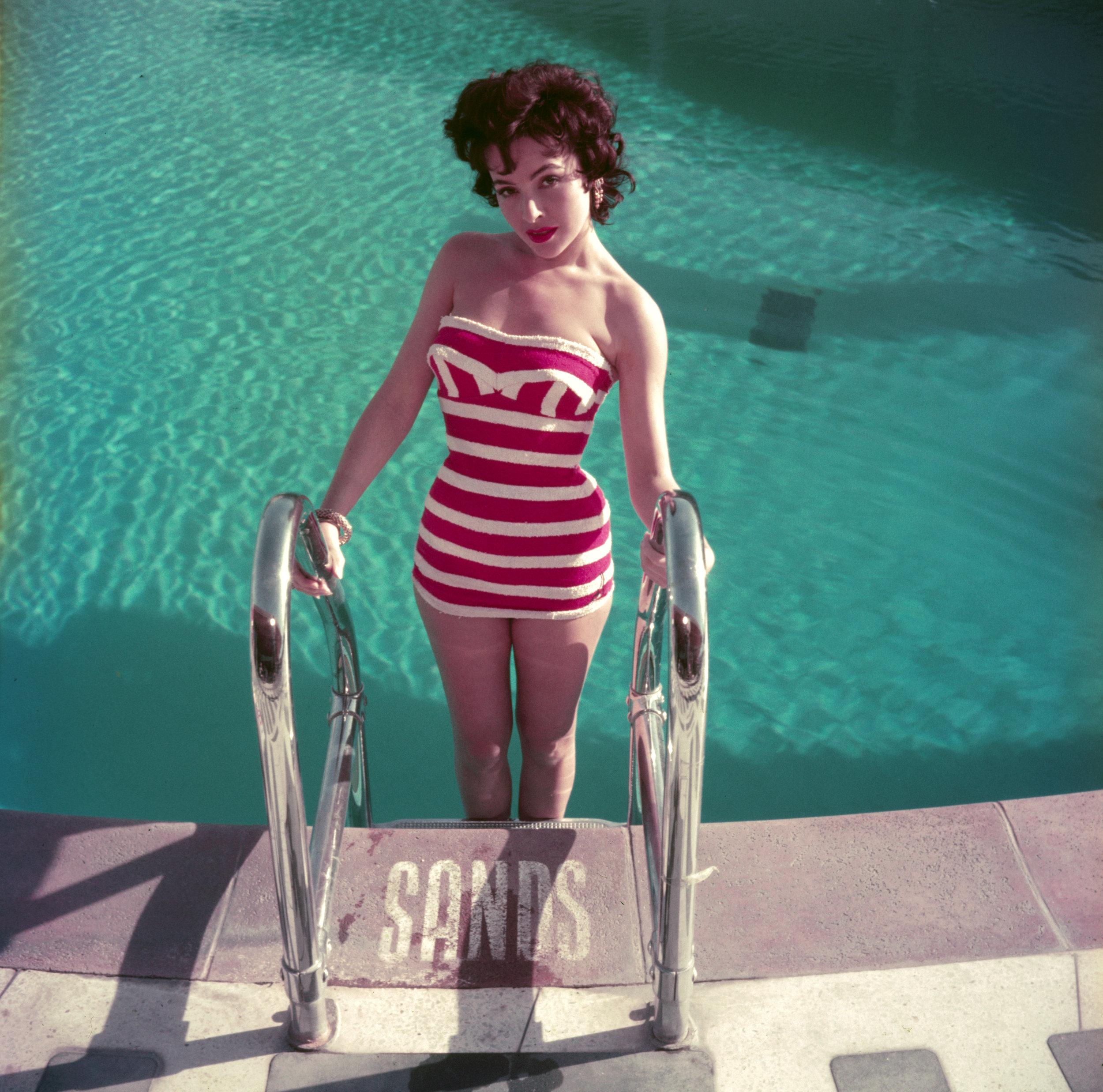 SLIM AARONS,  Mara Lane,  1954,courtesy Getty Image Archive
