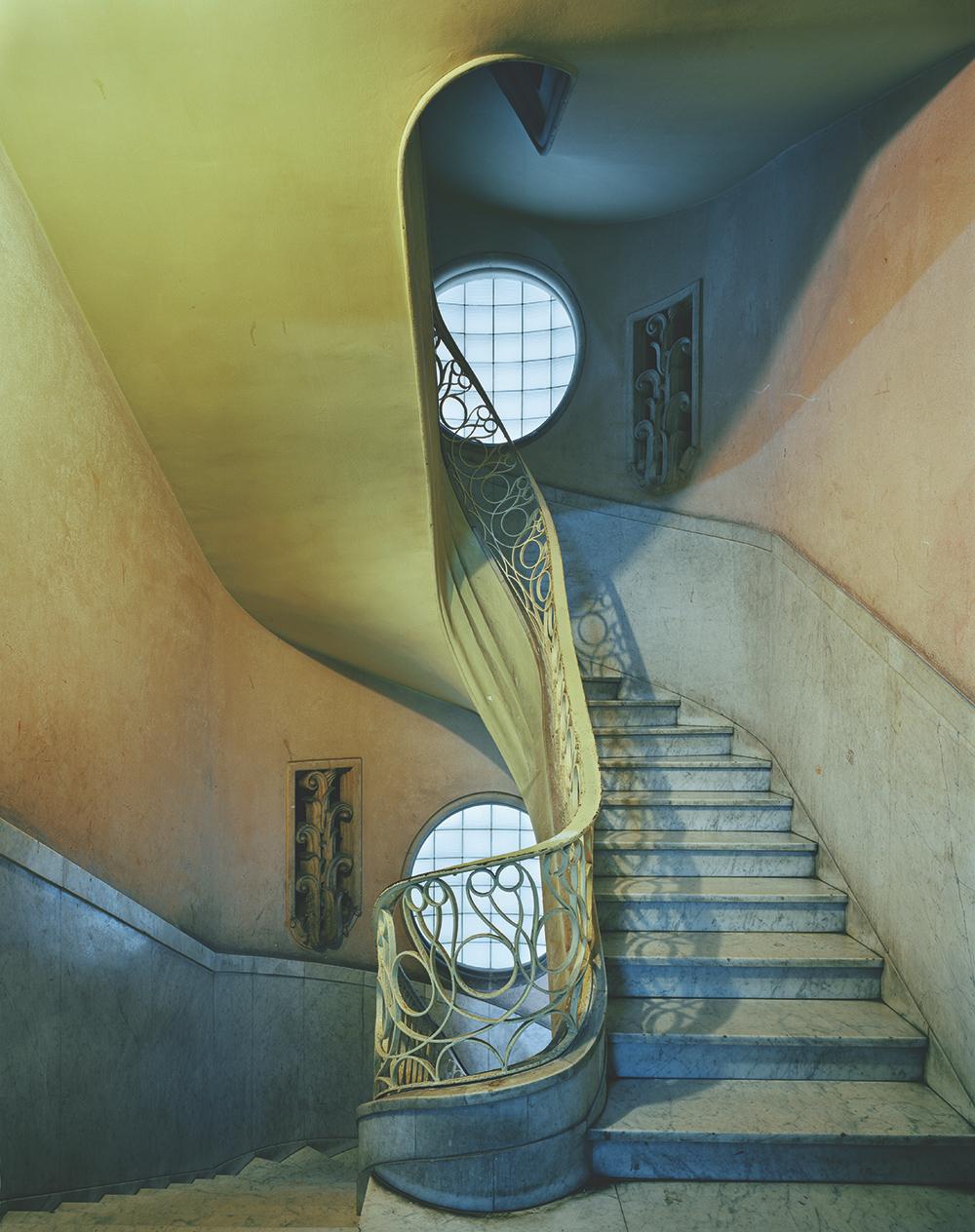 MICHAEL EASTMAN,  Deco Stairwell, Havana