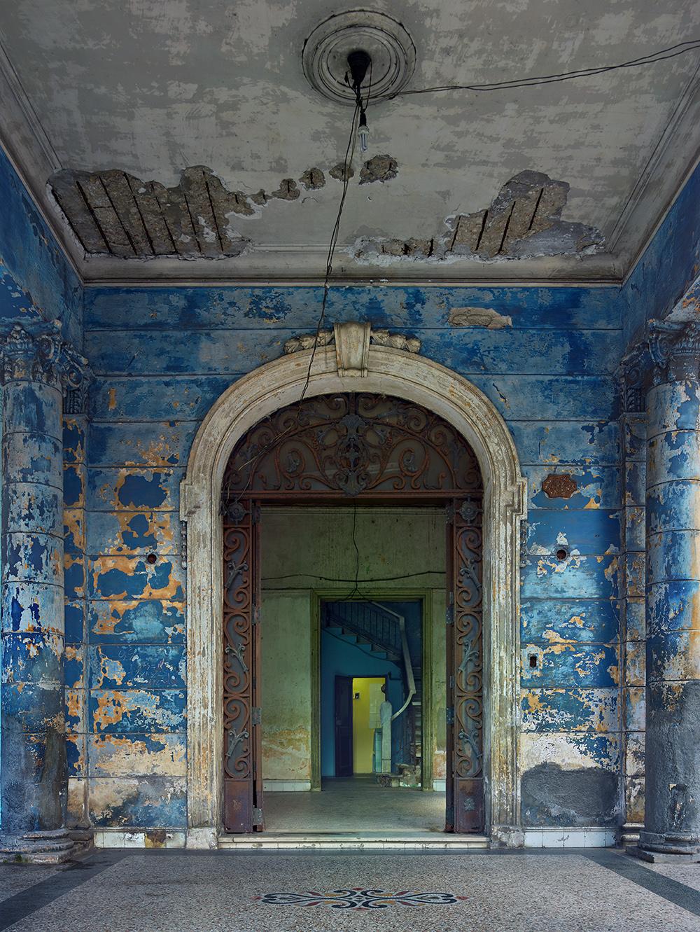 MICHAEL EASTMAN,  Blue Archway (Ruins), Havana , 2014