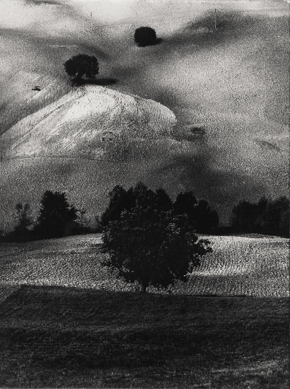 Giacomelli_Paesaggio14_1958.jpg