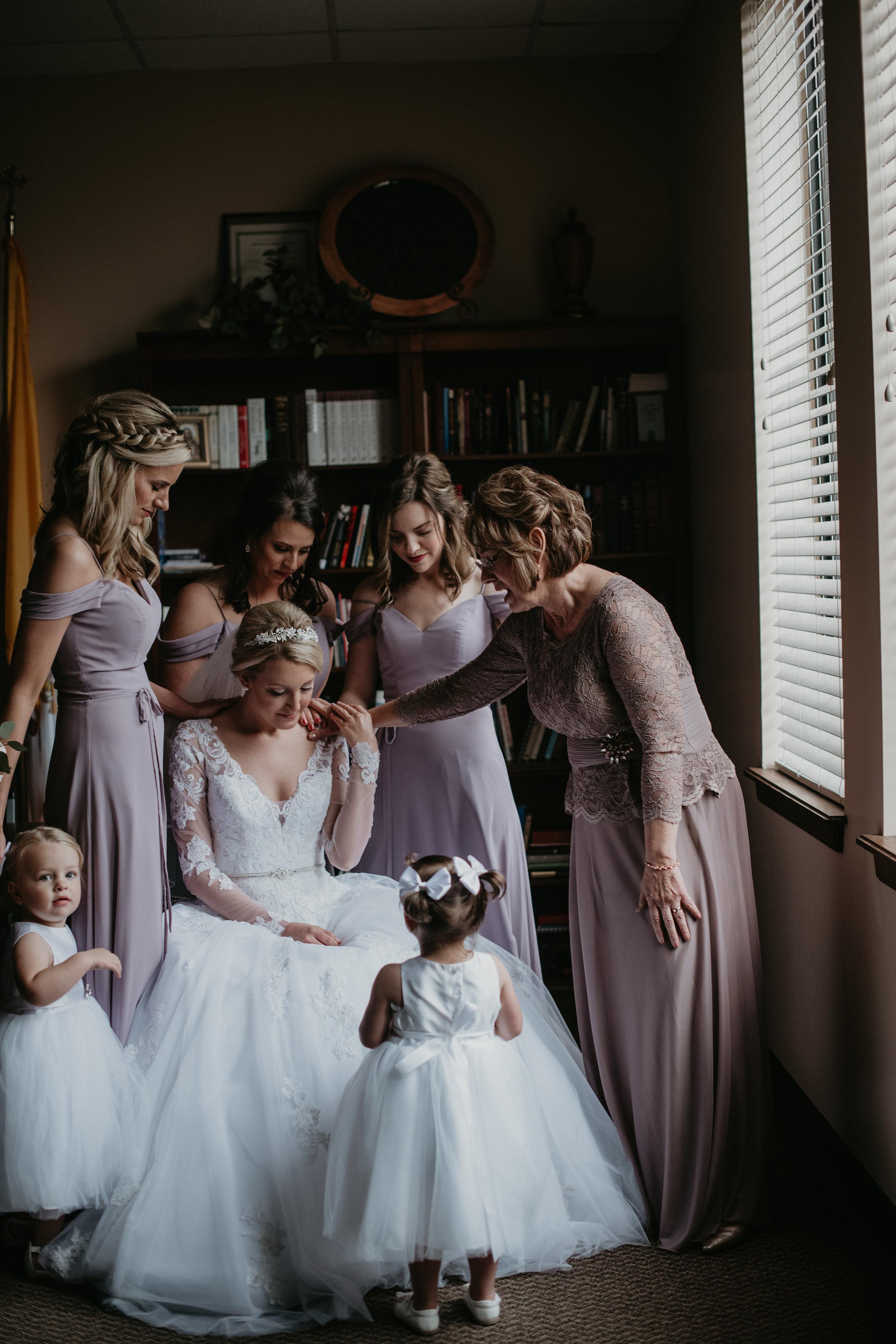 Patterson_Wedding_getting_ready_0116.jpg
