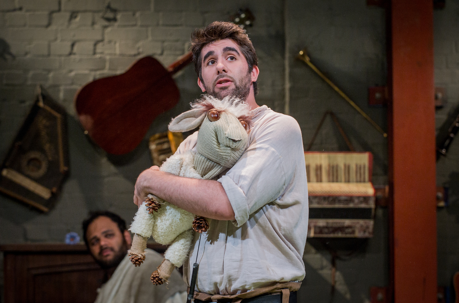 Simon Lipkin in As You Like It, composed by Jude Obermüller (photo by Robert Workman)