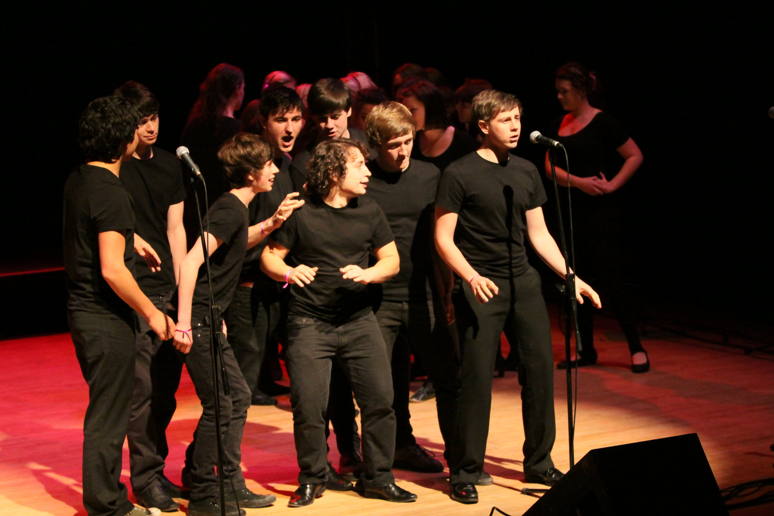 The company of Forbidden Fruit, Brighton Festival, Brighton Dome, composed by Jude Obermüller (photo by Sarah Sutherland-Rowe)