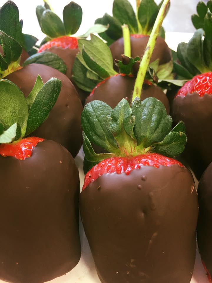 strawberry choc1.jpg