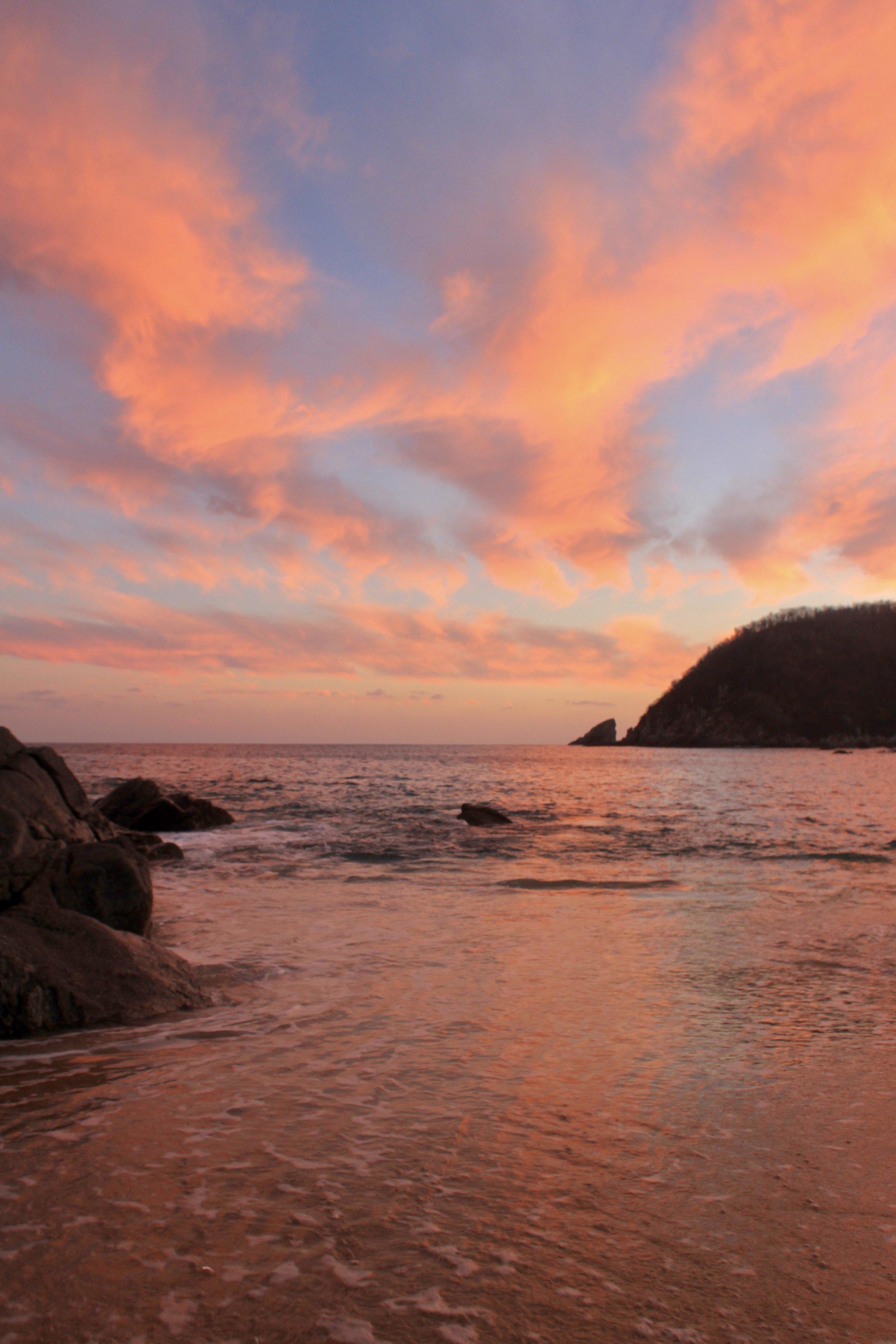 Sunset La Boquilla Hote Bahia de la Luna Oaxacan Beach