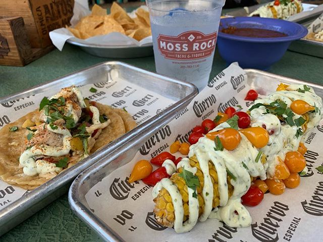 Fish tacos and street corn on the patio at Moss Rock Tacos and Tequila are the perfect light touch on a sunny spring day! . . . . . #alacartal #alacartealabama #birminghamrestaurants #alabamaeats  #birminghamal #inbirmingham #mossrocktacosandtequila #streetcorn #fishtacos #thepreserve #hooverrestaurants