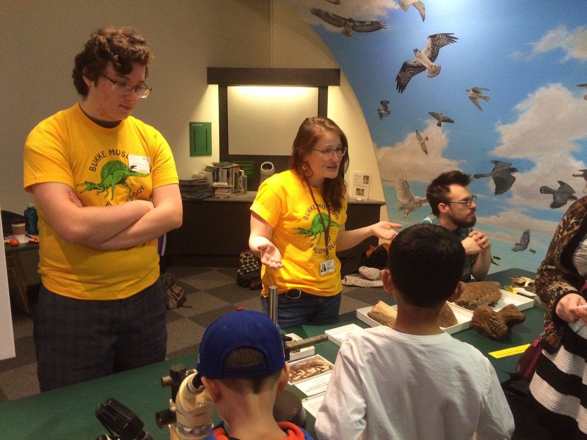 Talking to some junior paleontologists about  Didelphodon  and  Triceratops  at Dino Weekend 2017.