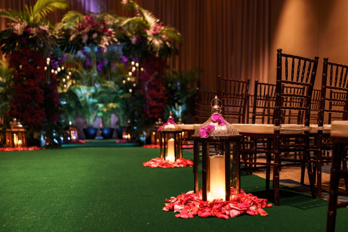 Green Wedding Aisle+ Ritz Carlton Orlando + Lisa Stoner.jpg