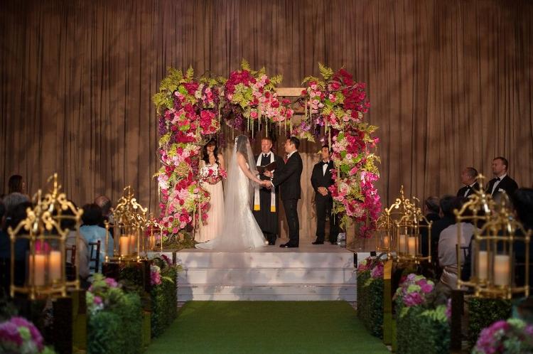 Lisa Stoner Events - Orlando Luxury Weddings - Four Seasons Orlando -  Wedding Ceremony - Garden Wedding - modern wedding - floral trellis.jpg