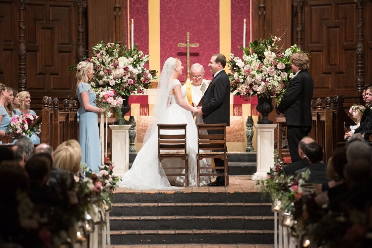 Lisa Stoner Events - Luxury Central Florida Weddings - Orlando Weddings - Classic Southern Wedding - Winter Park -Interlachen Country Club - Knowles Chapel -Altar arrangement.jpg